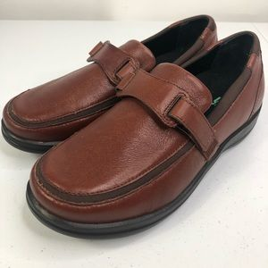 APEX Brown leather loafers diabetic shoes US 8